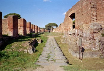 Antiker Weg in Ostia Antica
